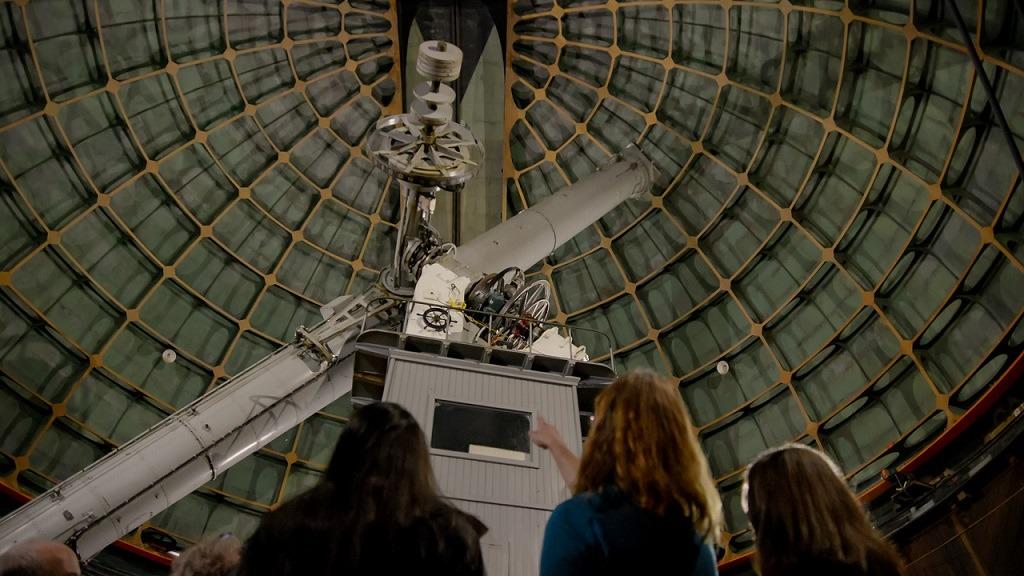 影評《尋找行星b 》關於尋找新的星球的故事,讓人類在未來繼續生存,讓我們從過往錯誤中吸取教訓