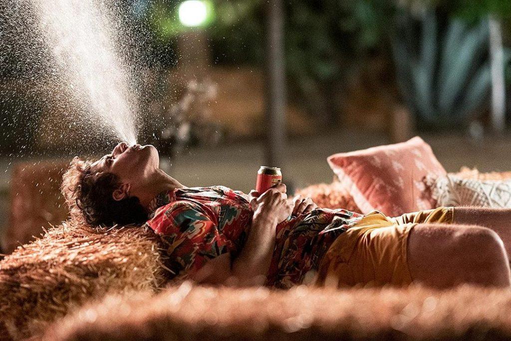 影評《棕櫚泉不思議 戀愛假期無限》 一部有趣的浪漫喜劇電影03