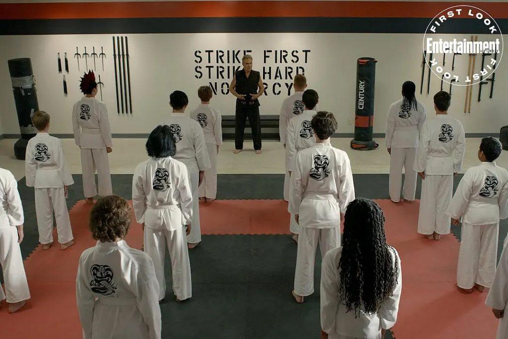 影集《眼鏡蛇道館cobra kai season 3》影評 這是一部優秀的美劇,劇中有我喜歡的角色,也有我討厭的角色 02