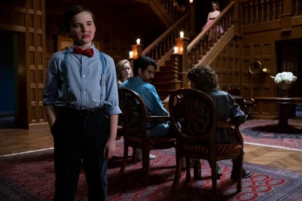 《鬼入侵第二季 鬼莊園 陰宅怪事》影評 核心是一個哥特式悲劇的愛情故事,這部美劇陰暗、充滿懸疑、令人毛骨悚然 03