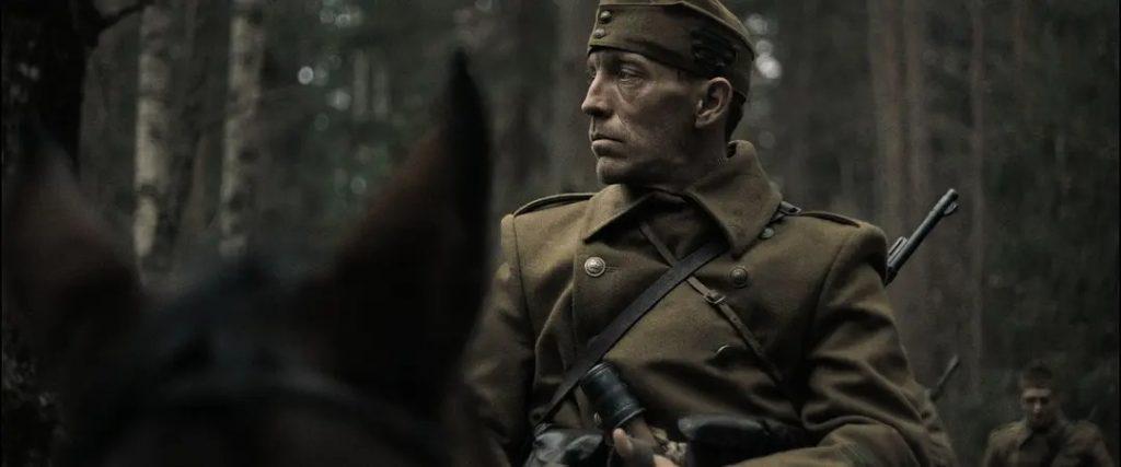 《自然光線》影評 探索了匈牙利在二戰期間的惡行 01