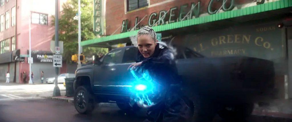 《雷霆女神》影評 有著令人難以置信喜劇演員陣容,但這是一部令人失望的netflix電影 03