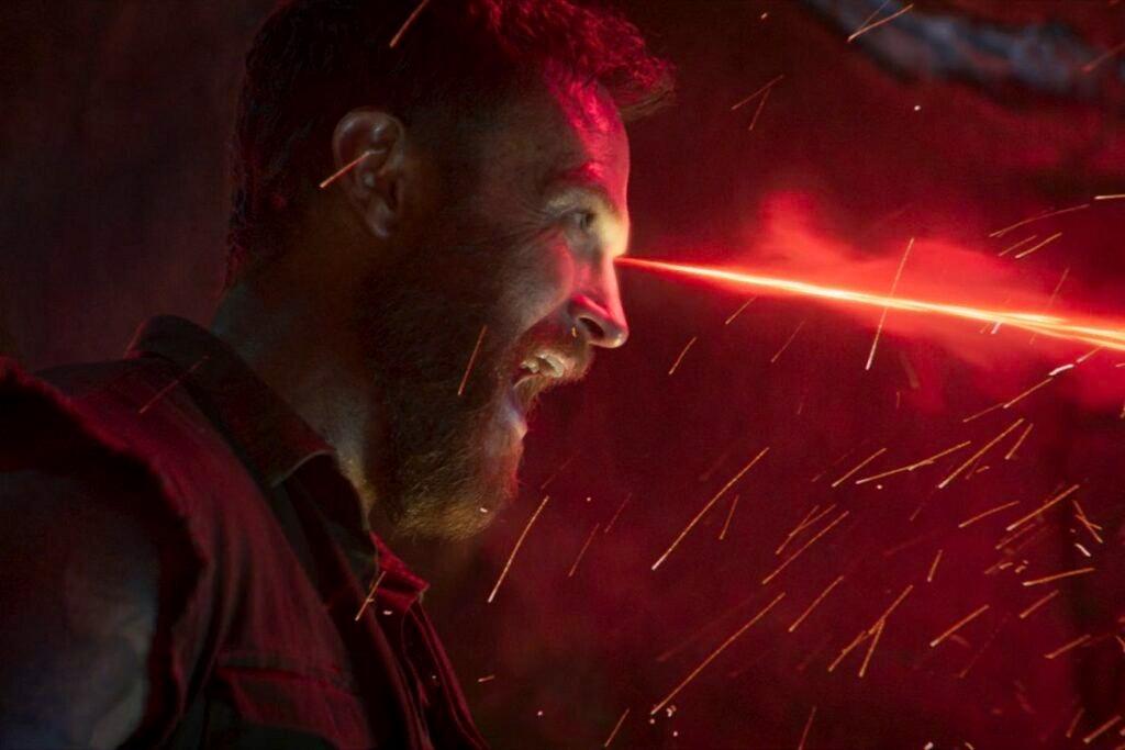 真人版《真人快打:毀滅 格鬥之王》影評 被評為r級,充滿了令人驚豔的打鬥場景,讓人恨不得在最大的屏幕上觀看 05