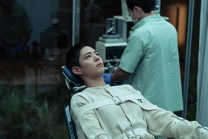 韓國科幻電影《永生戰 複製人徐福》影評 探索了作為人類的意義 01