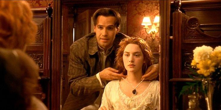 10部史上票房最高沒有續集的電影《鐵達尼號》(1997)類型 劇情 愛情 災難 — 21.95億美元