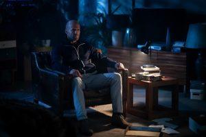 影評《玩命鈔劫、人之怒》一部懸念十足的復仇動作片,給觀眾帶來了很多樂趣 0