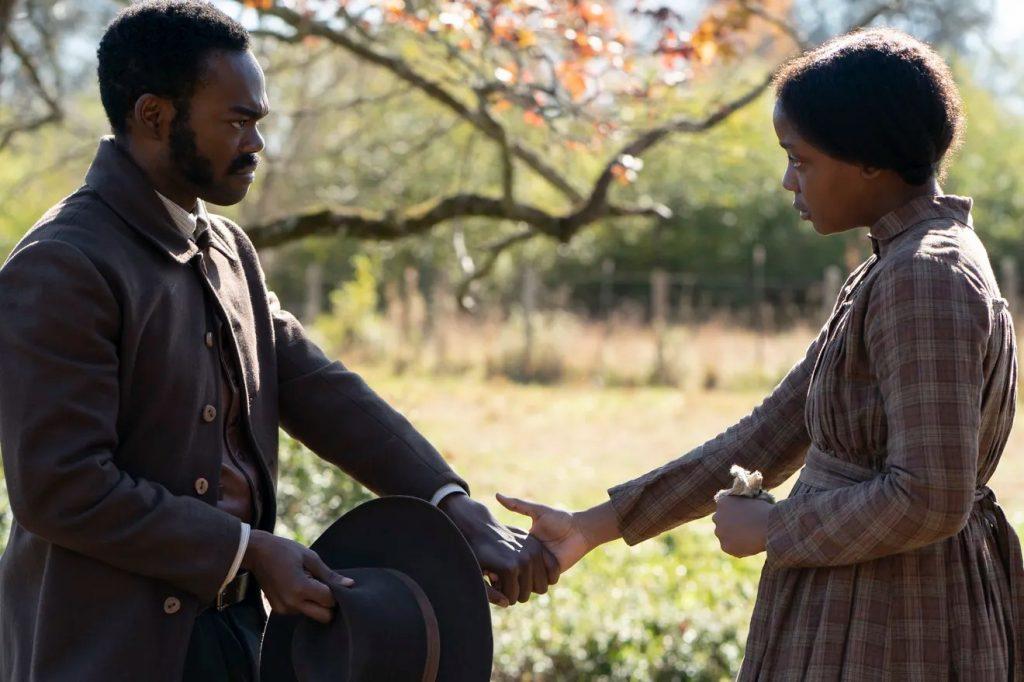 最新美劇推薦《地下鐵道》影評 通過展示愛與決心,讓歷史上的奴隸擺脫了白人的欺壓,給了他們尊嚴 03