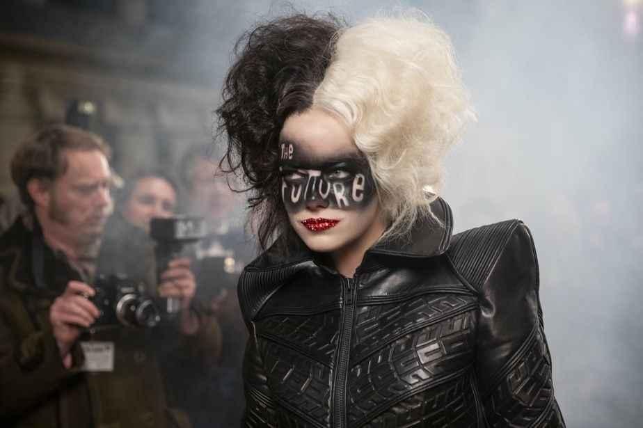 《時尚惡女庫伊拉 黑白魔後》朋克未來金屬穿搭風格