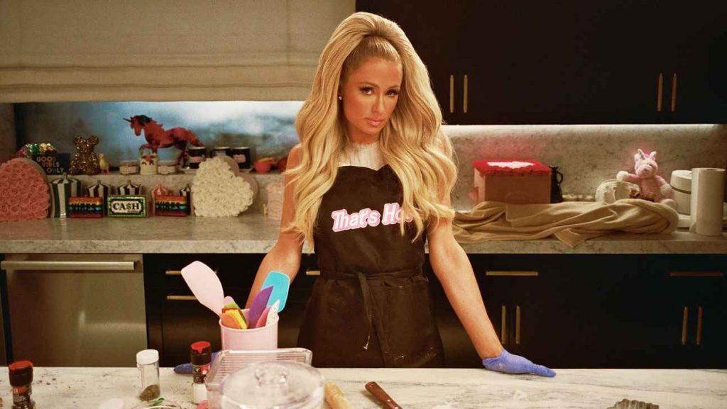 《芭莉絲·希爾頓:千金私廚 paris hilton 私房菜cooking with paris》劇情、評價 既有趣又令人困惑1