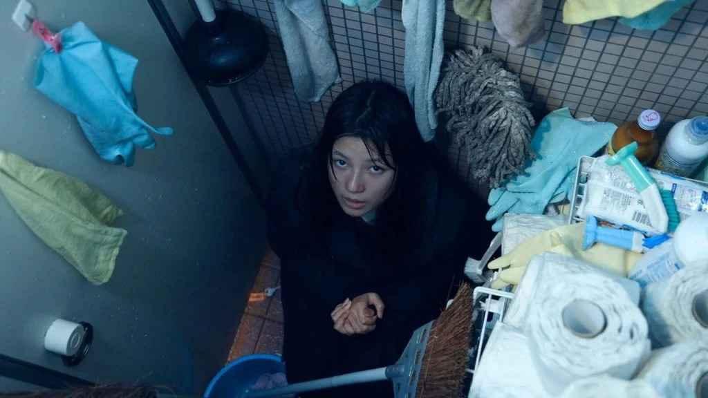 《破碎的瞬間》劇情、結局:有各種各樣的主題,孤立、孤獨、恃強凌弱等敏感話題 02