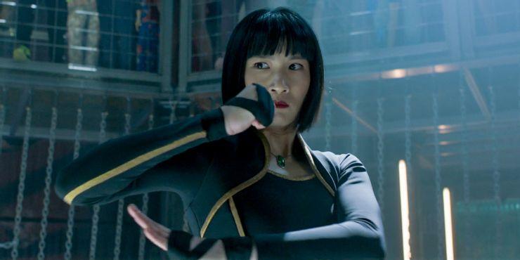 《尚氣與十環傳奇》飾演夏玲的張夢兒也是劇中的重要角色,她很強壯,能讓人產生強烈的女性力量感